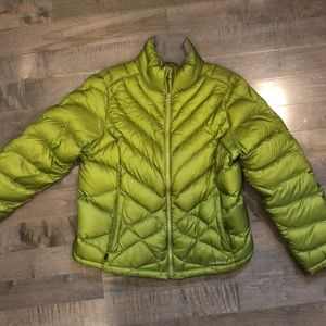 LL BEAN WOMENS DOWN JACKET SIZE LARGE